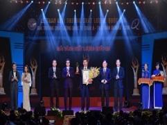 """Kim Tín tự hào nhận giải thưởng """"GIẢI VÀNG CHẤT LƯỢNG QUỐC GIA"""""""